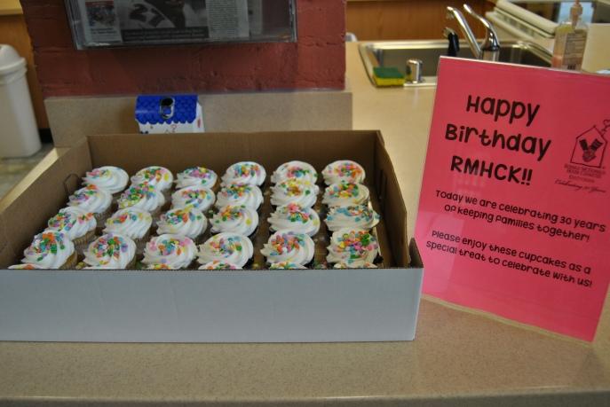 30th cupcakes
